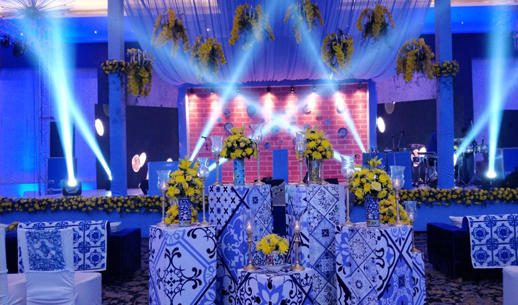 Wedding stage decorations in Kapashera